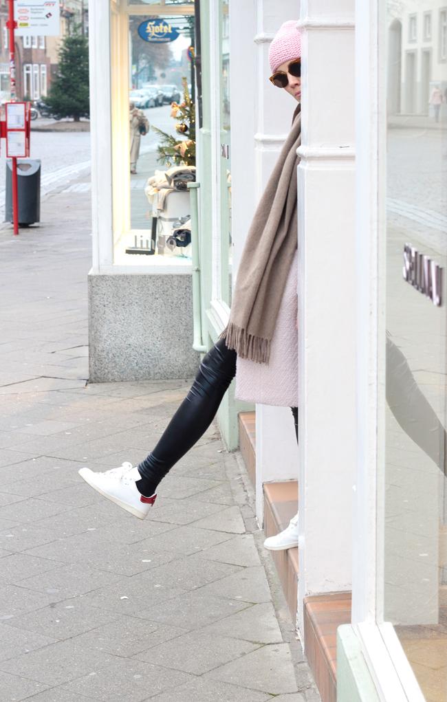 ISABELMARANT-BartSneaker-MiniMacBag-nie-wunschfrei_H