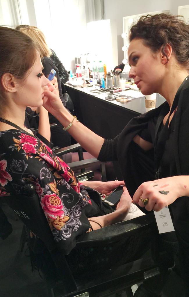 MARC-CAIN-MBFWB-2015-wunschfrei-Kate-Gelinsky_Backstage_C