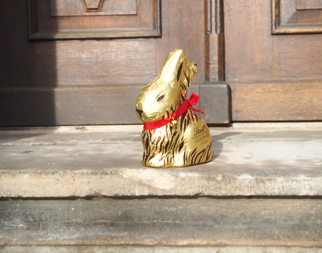 Lindt-Goldhase-Ostern-nie-wunschfrei_Kate-Gelinsky-Marc-Cain_4