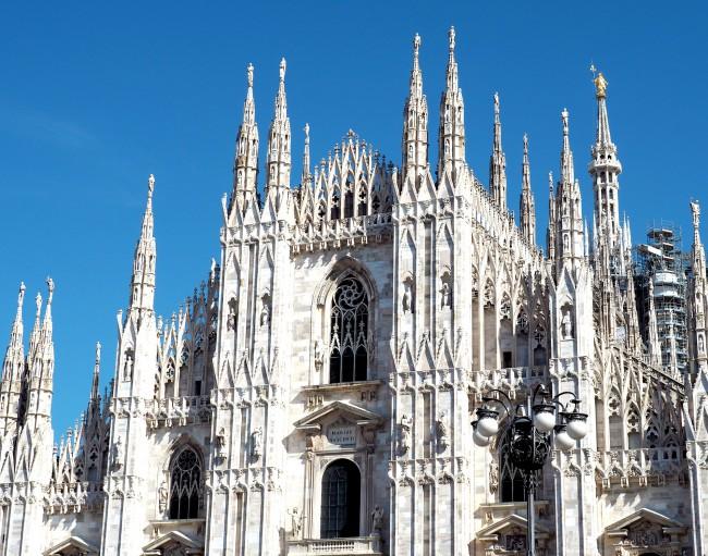 LAUREL-FASHIONWEEK-MILAN-wunschfreiBlog-Kate-Gelinsky_2-650x511