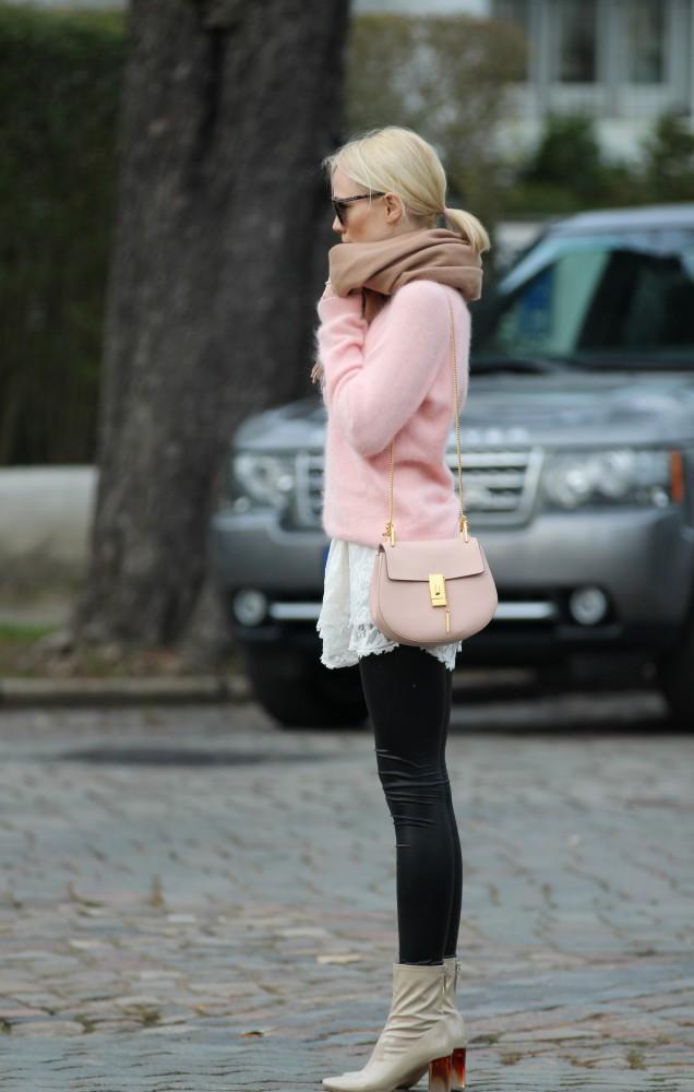 Chloe-Drew-Rose-Quartz-Kate-Glitter-1-636x1000