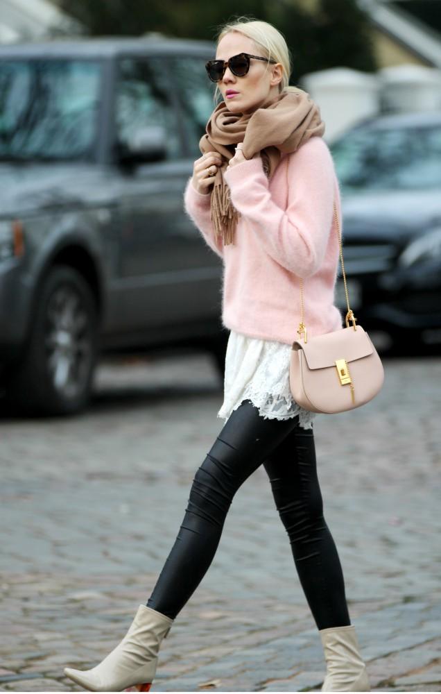Chloe-Drew-Rose-Quartz-Kate-Glitter-3-636x1000