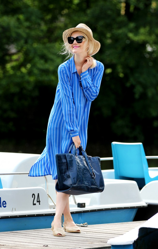 Chanel-Deauville-Kate-Glitter-SchroedersGarten-D