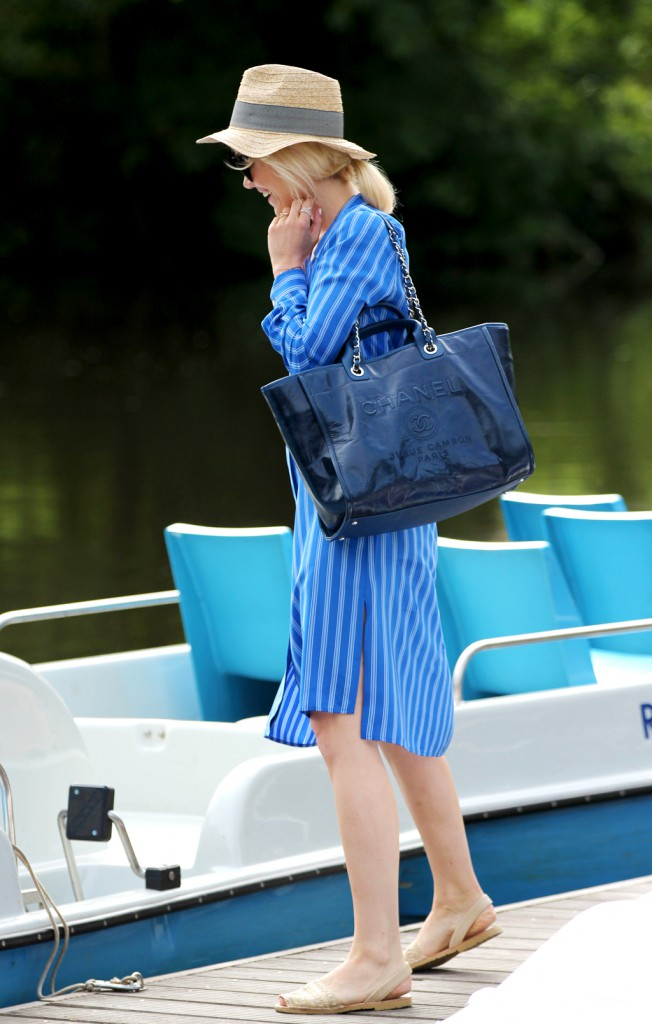 Chanel-Deauville-Kate-Glitter-SchroedersGarten-F