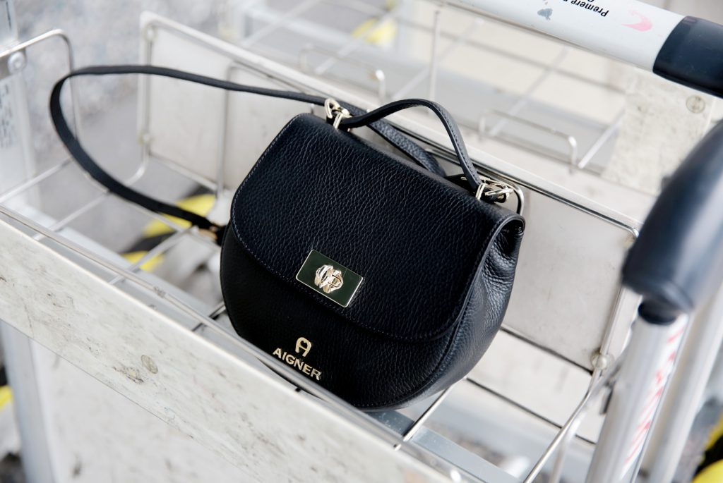 Aigner-Ophelia-Bag-Black-D
