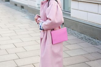 FASHION // THINK PINK MIT DER MILA BAG VON AIGNER